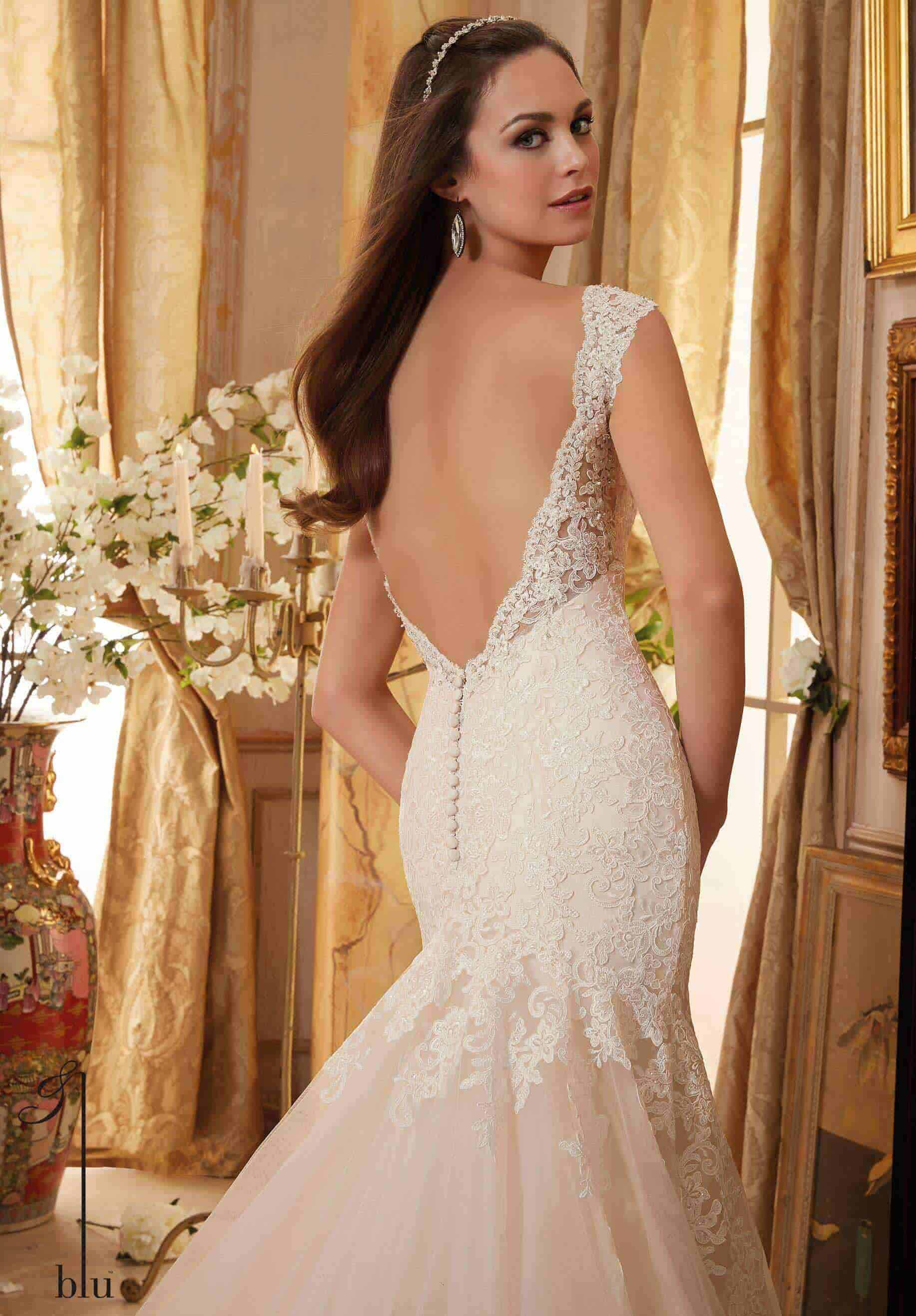 Amazing back detailed wedding dress