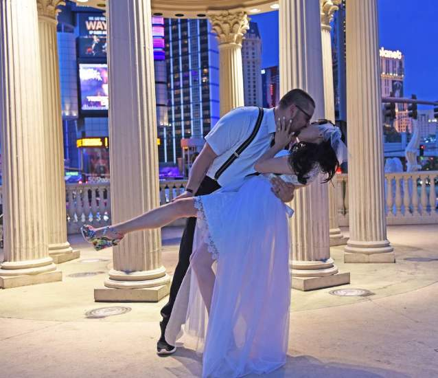 Las Vegas Strip Photo Tour Romance