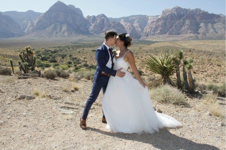 elope in Vegas