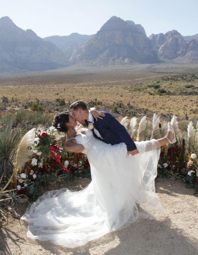 eloping in Vegas
