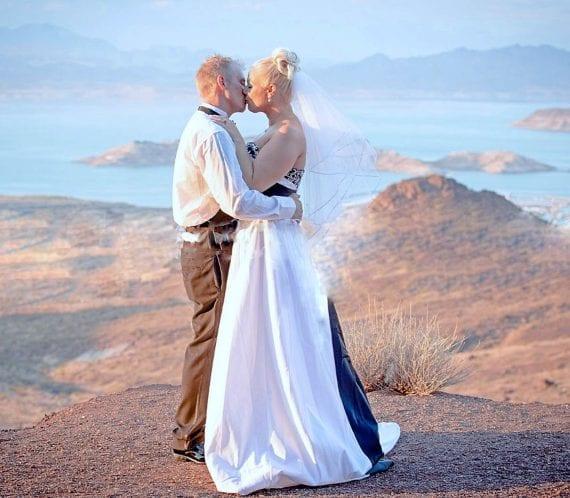 Lake side weddings