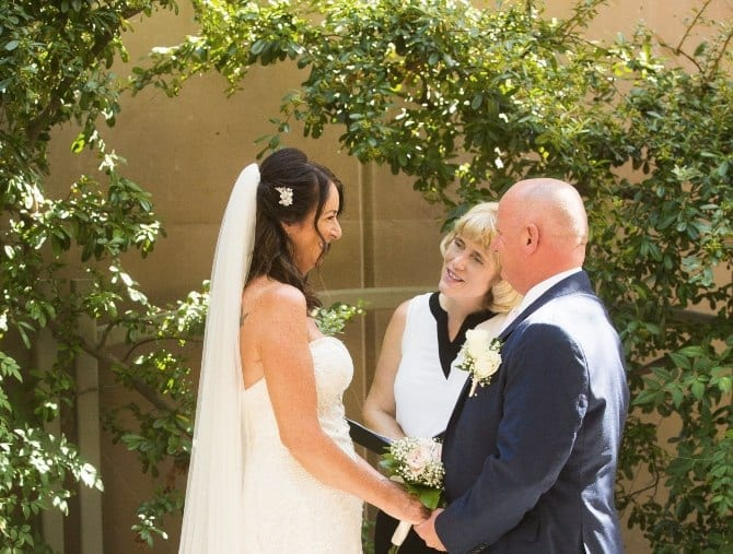las vegas wedding officiant