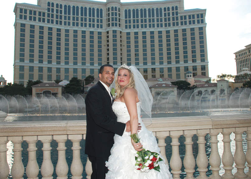 She Will Help You Plan To Make It One Of The Most Memorable And Fun Las Vegas Wedding Photos Tours Available